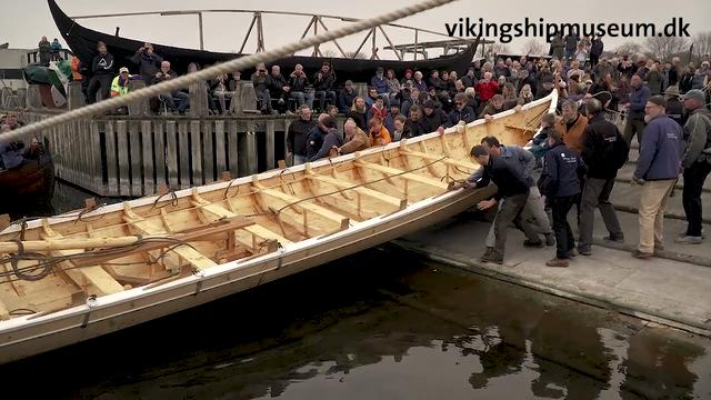 Film: Søsætning af Storkjoven - en storbåd fra Færøerne