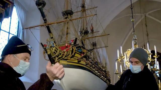Et kirkeligt krigsskib finder ny havn