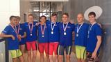 SvømmeSport har fanget 8 glade Farum-drenge!