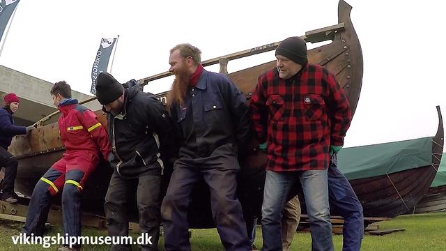 Klargøring af vikingeskibet Skjoldungen